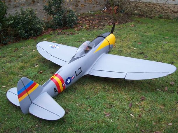 La construction du P-47 d'Alain