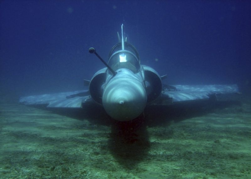 Le mirage 2000-5 Mirage-sous-leau-1