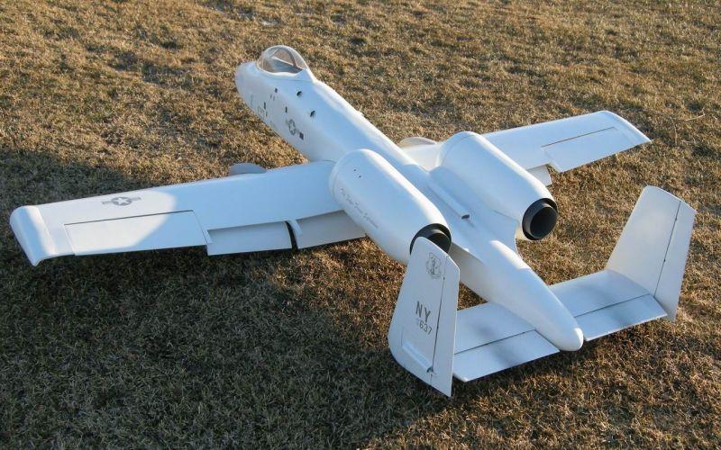 A-10 Big Model Jean TARDIF 16