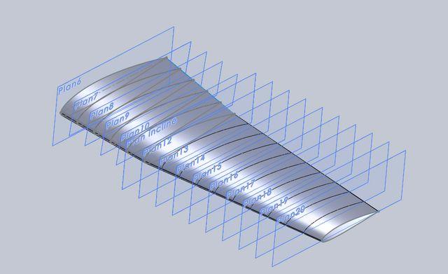 1- Sur le plan vailly, l aile est en une piece, ce qui est bien trop encombrant pour moi... Afin de rendre l'aile demontable, j ai refait un plan avec une aile en 3 morceaux.